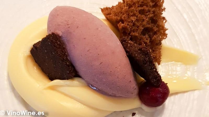 Rosáceas pasión y mantequilla en el Restaurante Audrey s en Calpe Alicante