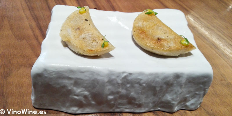 Apio bola pollo y mostaza del Restaurante Ricard Camarena en Valencia