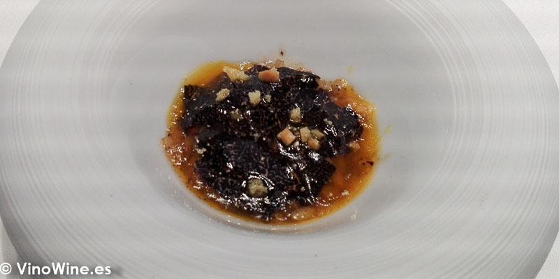 Arroz de trufa y yema de huevo de corral del Restaurante Ricard Camarena en Valencia