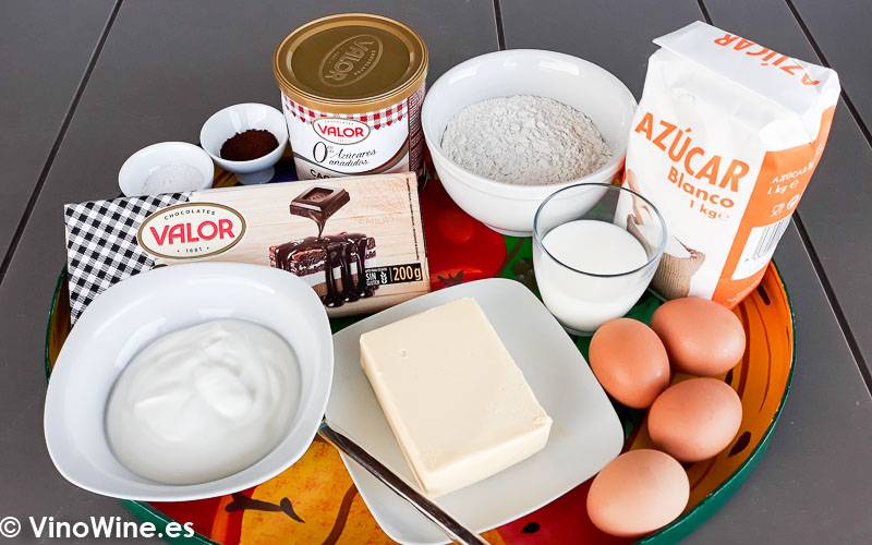 Ingredientes para la receta de tarta mud cake de chocolate