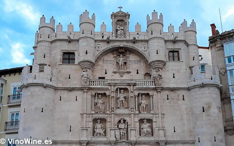 La momumental ciudad de Burgos visitada con ocasion de El Alma de los Vinos Unicos 2019 en Burgos