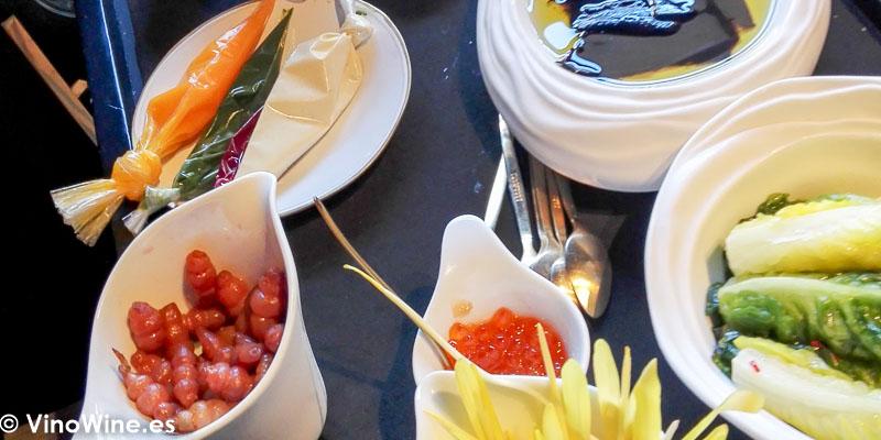 Preparacion del plato Raices y tuberculos del Restaurante La Salita en Valencia