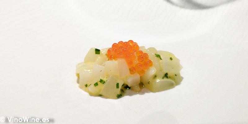 Tartar de calamar de pota del Restaurante Canabota en Sevilla