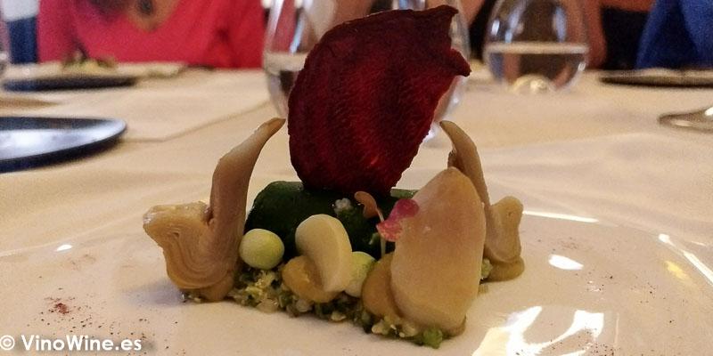 Espinacas brocoli anisado y esparrago blanco del Restaurante Abantal en Sevilla