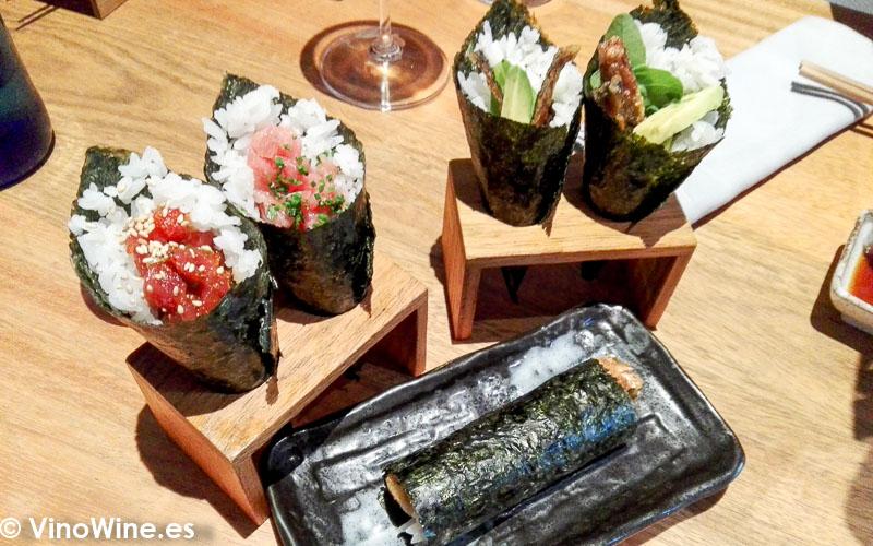 Temakis variados del restaurante Nozomi de Valencia