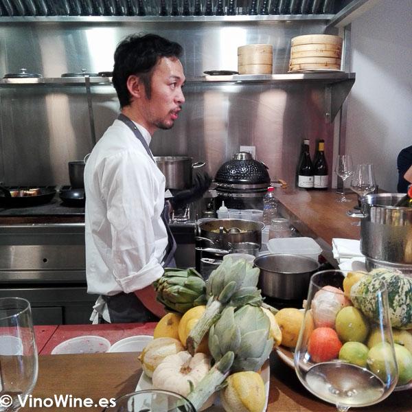 Toshiya Kai cocinero y propietario del Restaurante Toshi en Valencia