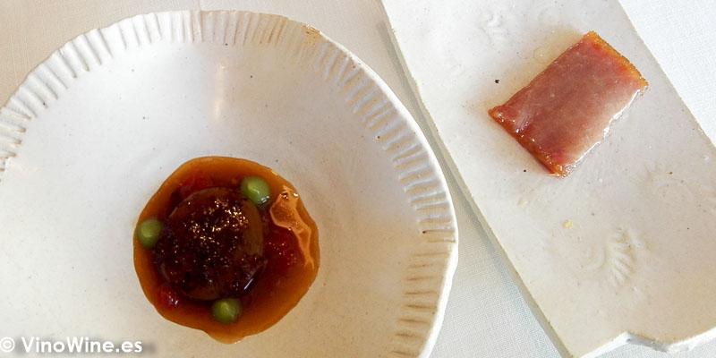 Magros con tomate y ventresca oreada al sol del Restaurante Bonamb de Javea de Alicante