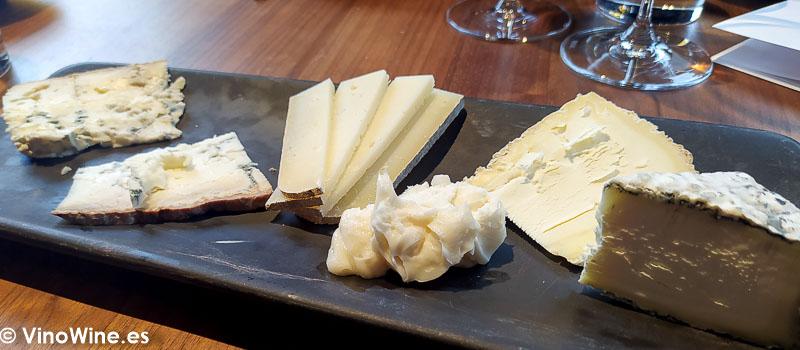 Tabla de quesos nacionales del Restaurante L Escaleta en Cocentaina Alicante