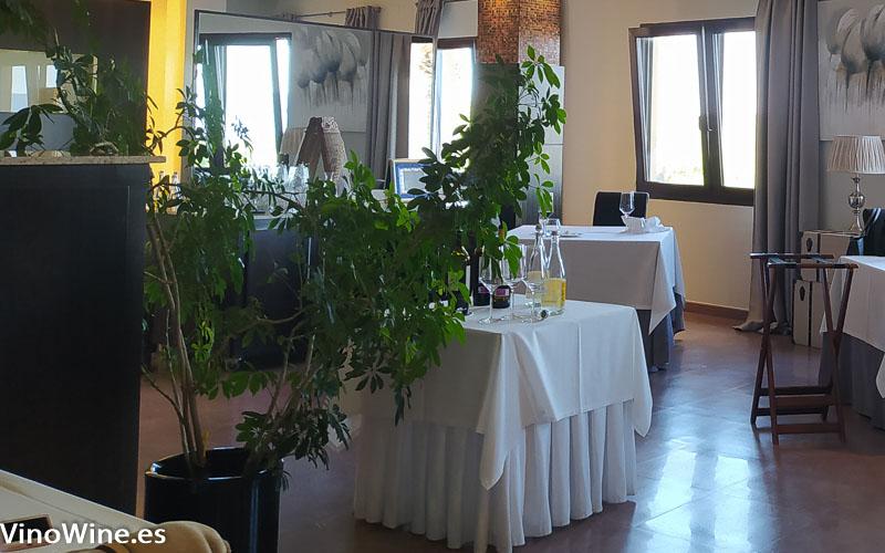 Vista parcial de la sala del restaurante Cal Paradis de Vall Alba en Castellon