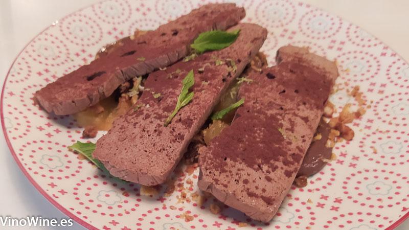 Chocolate mole y pina asada del Restaurante Gallina Negra de Valencia